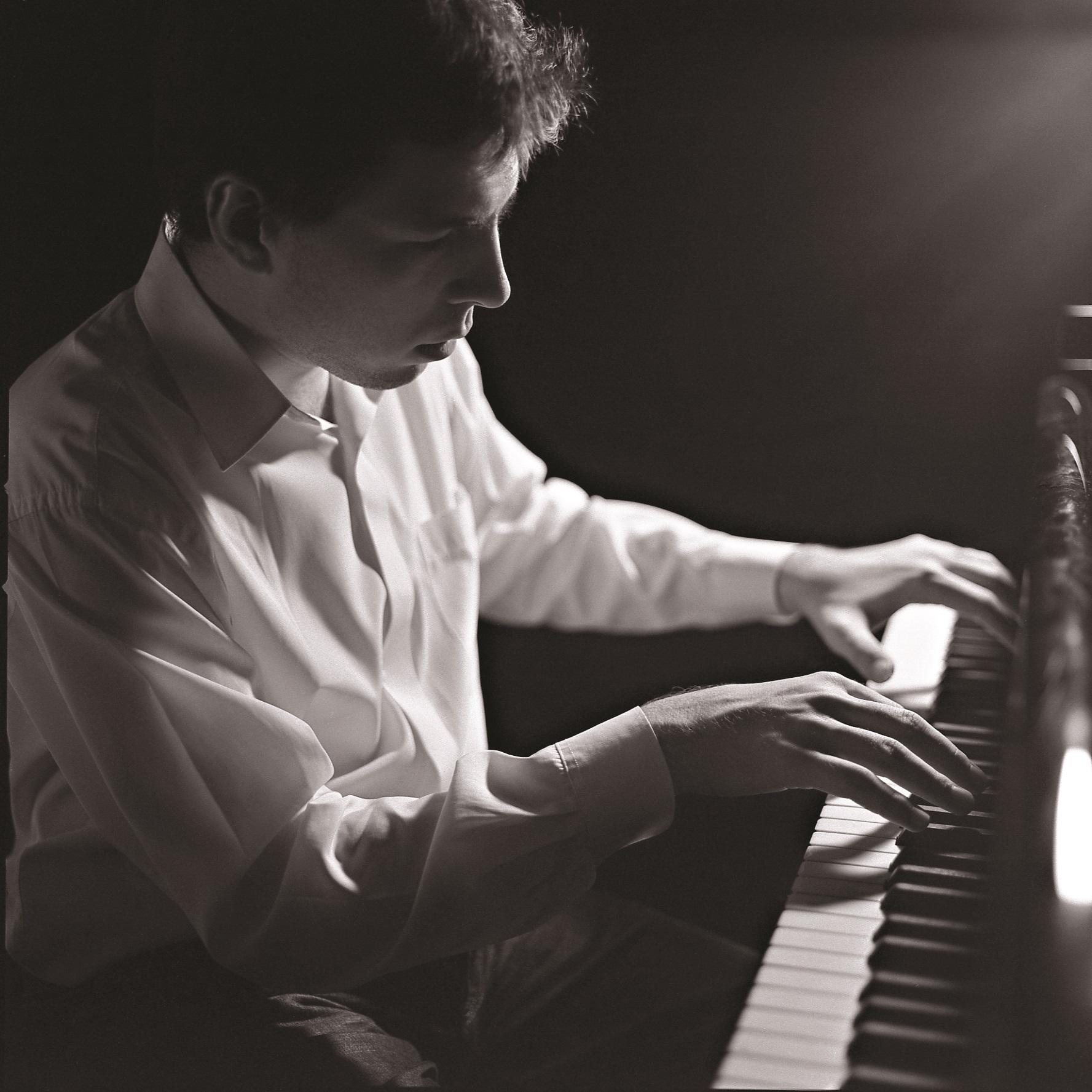 Секс с пианистом 20 фотография