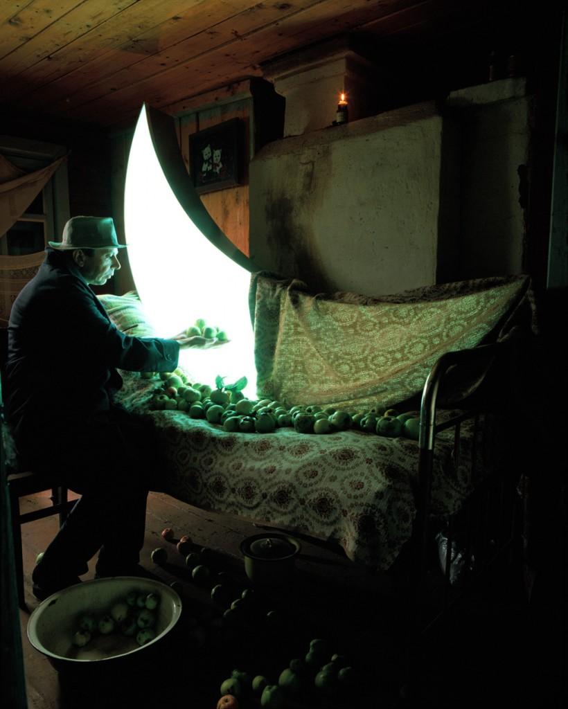 Leonid Tishkov, Journey of the Private Moon / Courtesy of Erarta Galleries London