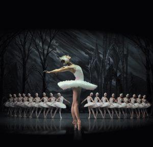 St Petersburg Ballet TheatrePresentsSwanLake