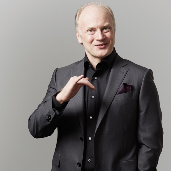 Noseda conducts Shostakovich